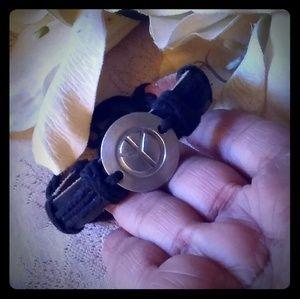 Vintage Unisex Leather Peace Sign Bracelet